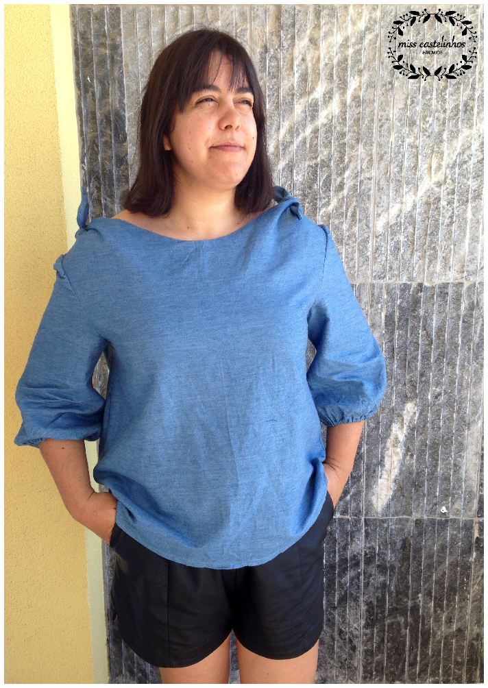 Bateau neck blouse-01