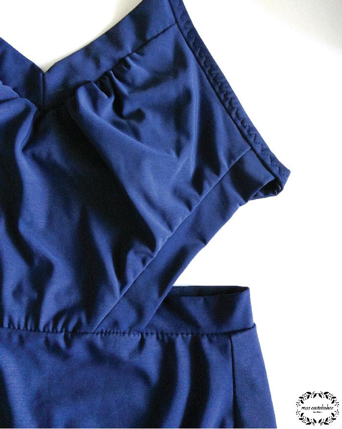 Splash swimsuit-02